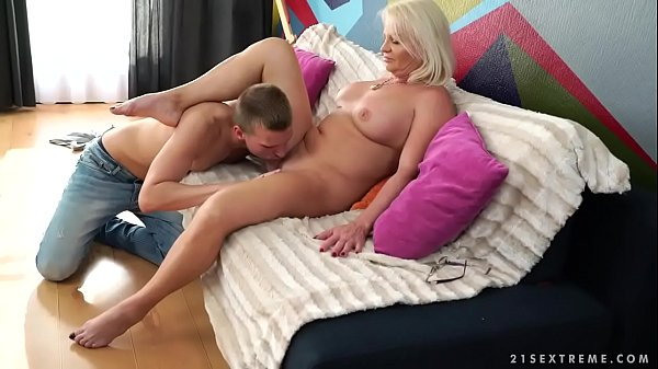 indonesian maid sex