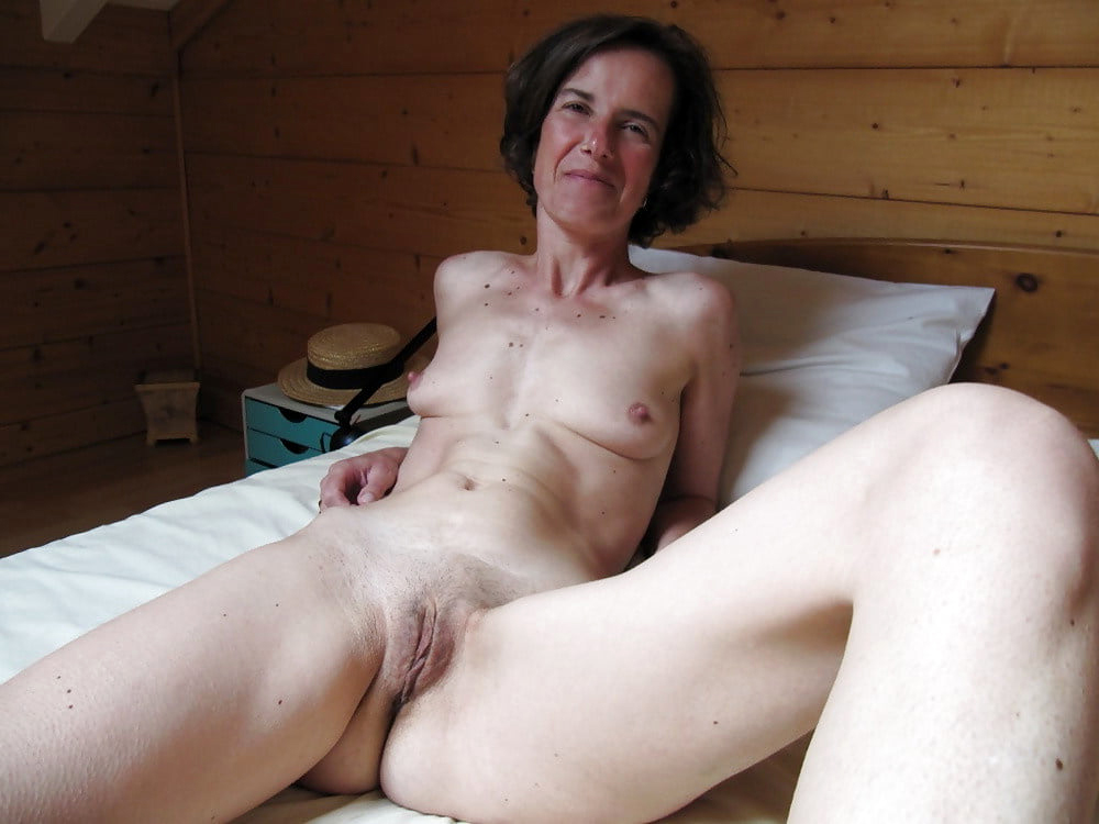 sexiest girl the world naked