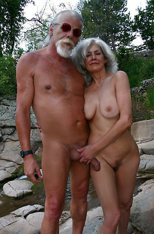 hairy mature milfs pussy